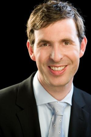 Dr. Philip Schwarz van Berk, Pöllath + Partners