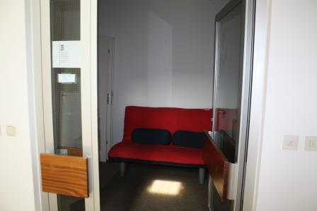 rotes Sofa klein