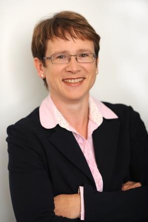 Dr. Benedikte Hatz