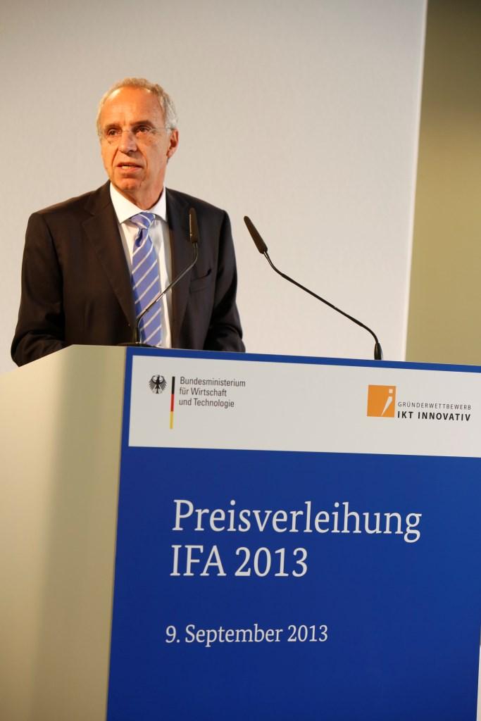 Hans-Joachim Kamp Vositzender des Aufsichtsrats der Gesellschaft fur Unterhaltungs- und Kommunikationselektronik gfu mbH
