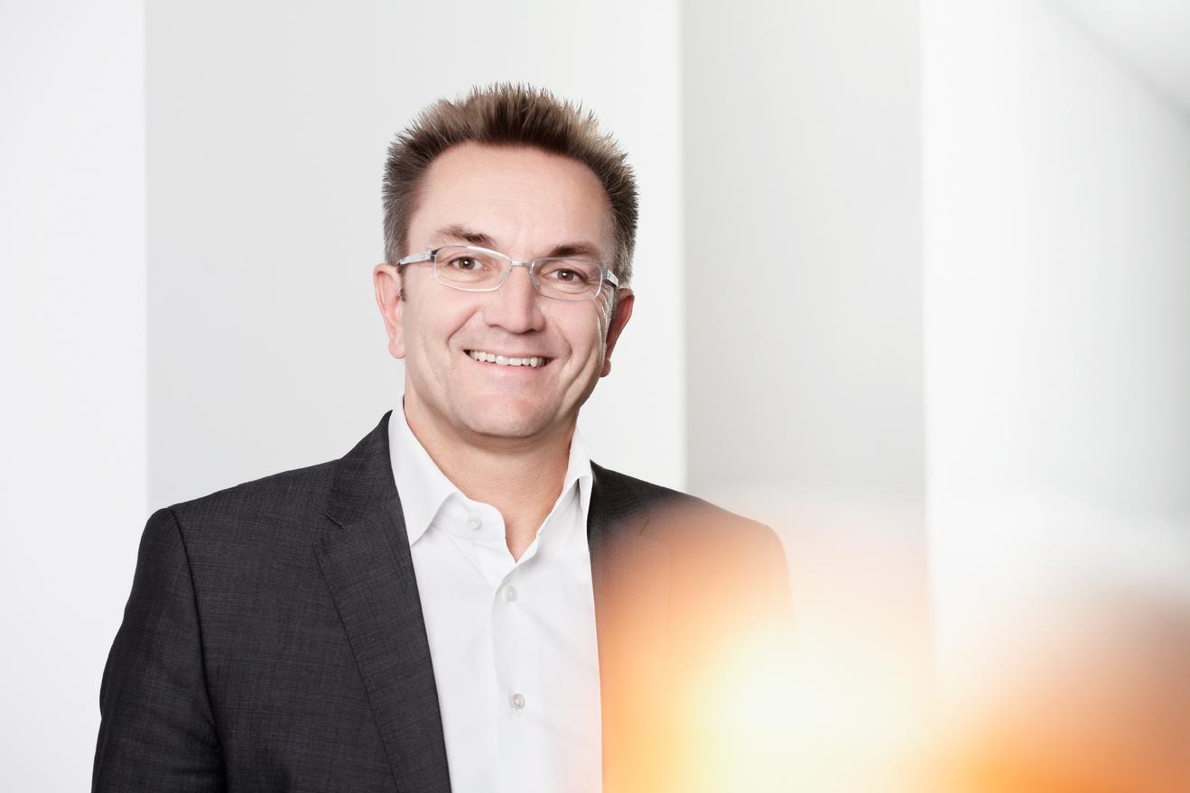Dr.Heinz Raufer