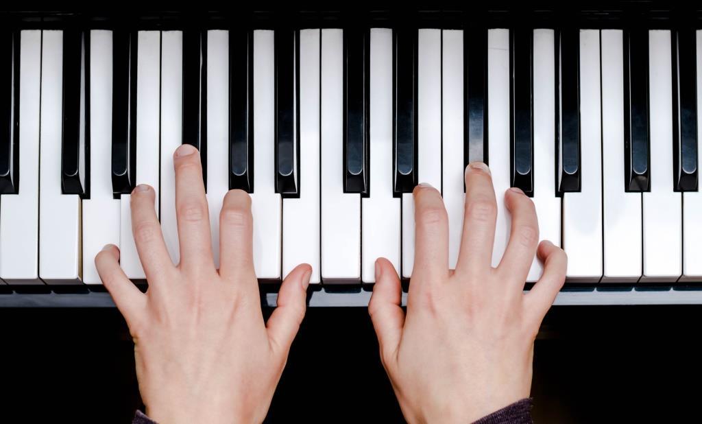 Die IBB Beteiligungsgesellschaft Berlin und die Münchner Egora Holding investieren 1,2 Mio. EUR in die Musik-Lernplattform Skoove.