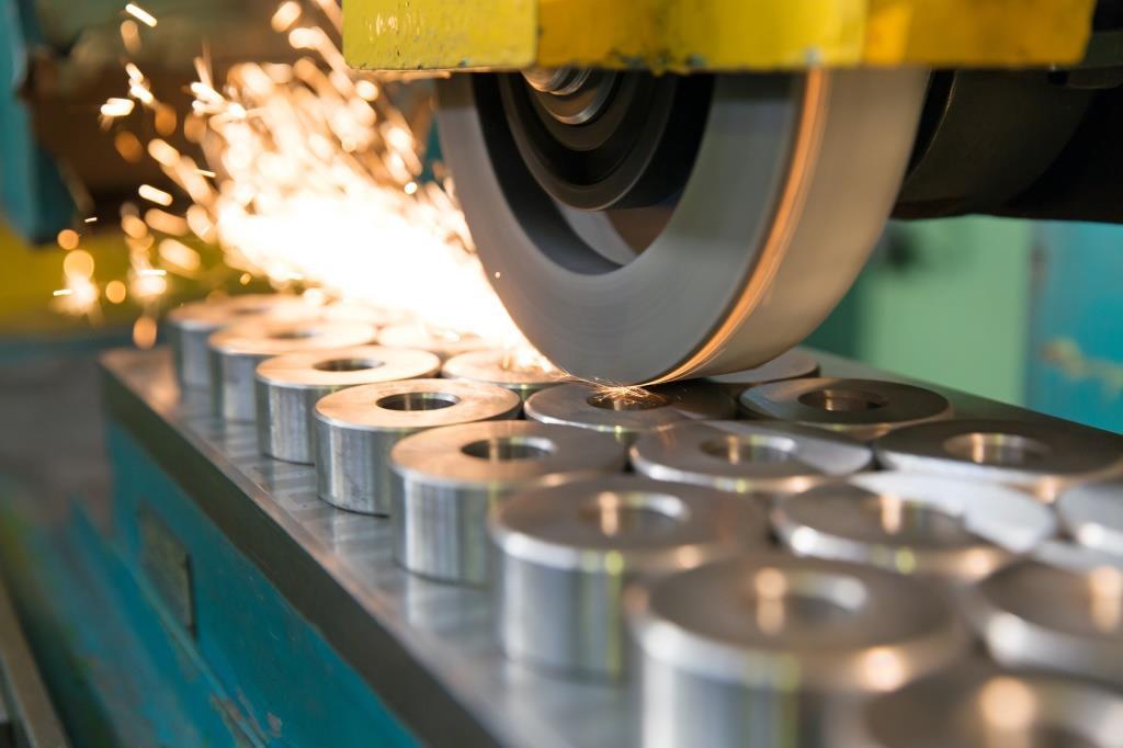Der Weilheimer Schleifmaschinenspezialist ISOG gewinnt die Industrieholding Endurance Capital und die Bayerische Beteiligungsgesellschaft BayBG als neue Investoren.