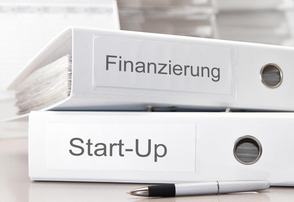Keine Bundesregierung hat in ihrem Koalitionsvertrag so viele Maßnahmen für Start-ups angekündigt, wie die Jetzige. Doch viele der Versprechen warten noch auf ihre Umsetzung.