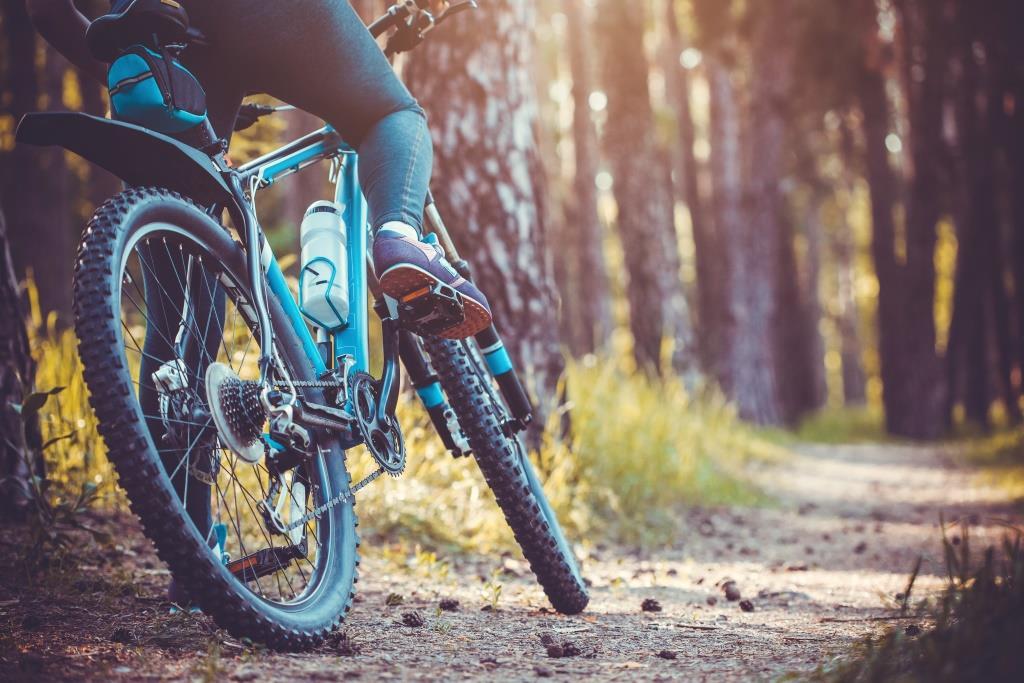 Der Private Equity-Investor Riverside veräußert den deutschen Fahrrad-Onlinehändler Bike24 an den britischen Mitbewerber Wiggle CRC.