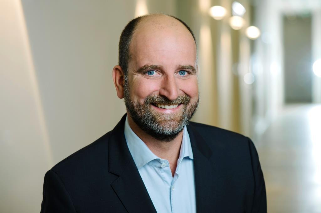 Die Münchner Industrieholding Adcuram baut das Management-Team weiter aus und bestellt Christoph Schubert zum neuen Vorstand.