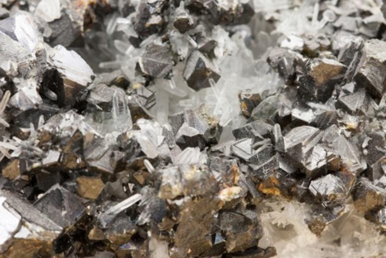 Triton bringt Metallrecycler an die Börse