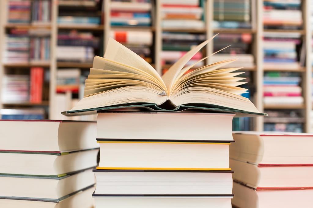 Die Beteiligungsgesellschaft Aurelius erwirbt den britischen Buchhändler Connect Books vom börsennotierten Logistikspezialisten Connect Group.