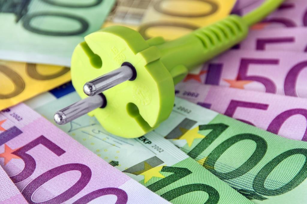 Business Angels aus Deutschland und Großbritannien investieren in einer Seed-Finanzierungsrunde 600.000 EUR in den Starnberger Energieanbieter 4hundred.