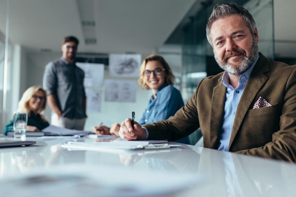 Der Online-Beratermarktplatz Comatch erhält 8 Mio. EUR in der Series B-Finanzierungsrunde von den Bestandsinvestoren Acton, Atlantic Labs und btov.