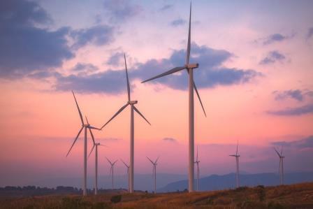 E-Mobilität und erneuerbare Energie– agile erweitert Portfolio