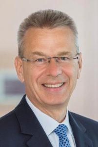 Dr. Thomas Schönfeld_PwC