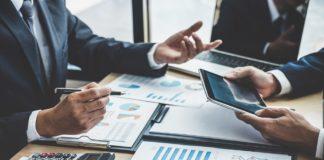 Riskine digitalisiert den Beratungsprozess und wirbt Wachstumskapital ein: Wiener Fintech erhält Investment vom aws Gründerfonds