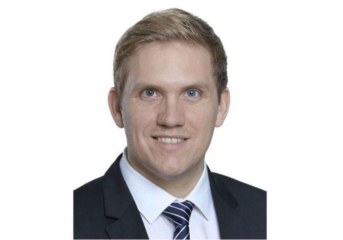 Kolumne von Carsten Wagener, Oaklins Germany: Bewertung und Branchenfokus – Vor- und Nachteile branchenspezifischer Geschäftsmodelle