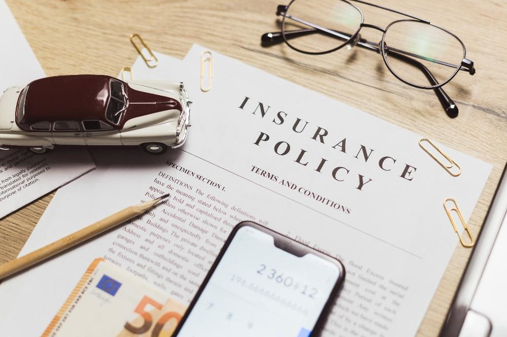 Versicherungsplattform-RGI-bernimmt-Software-Anbieter-Flexperto
