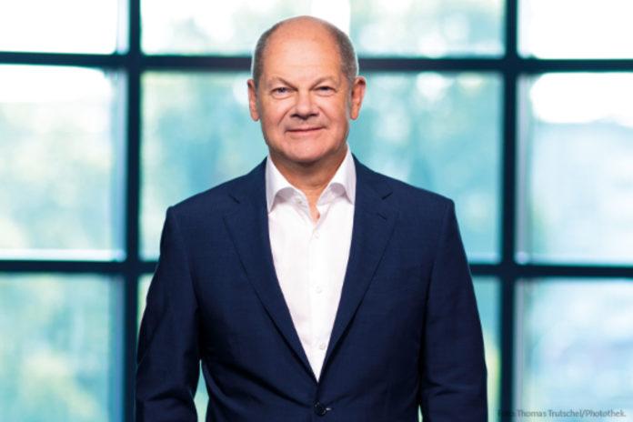 """Neffe von Olaf Scholz: """"Fondsstandortgesetz ist ein Rohrkrepierer"""" - Interview mit Fintech-Gründer Fabian Scholz"""